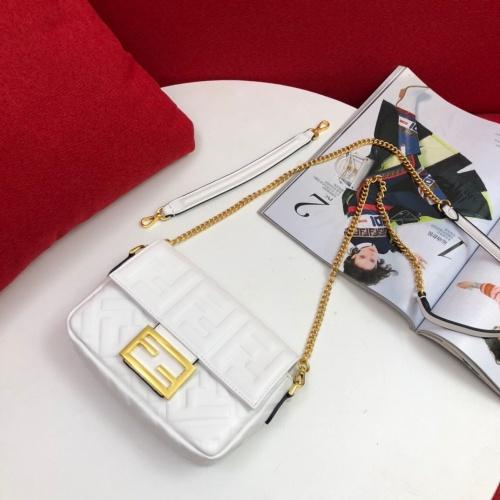 Fendi AAA Messenger Bags #781916