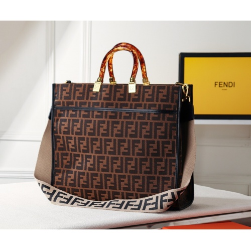 Fendi AAA Quality Handbags #782285