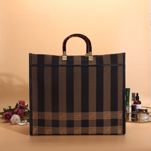 Fendi AAA Quality Handbags #782288