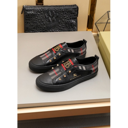 Burberry Casual Shoes For Men #783452