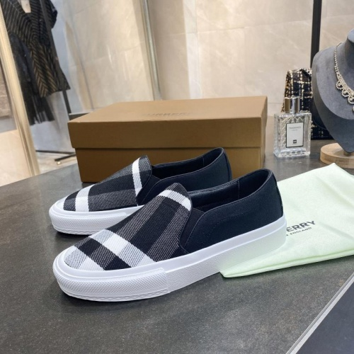 Burberry Casual Shoes For Women #783610