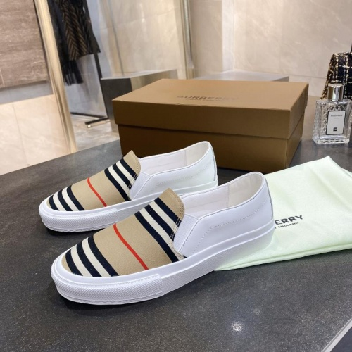 Burberry Casual Shoes For Women #783615