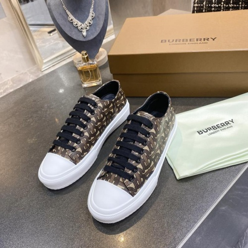 Burberry Casual Shoes For Women #783631