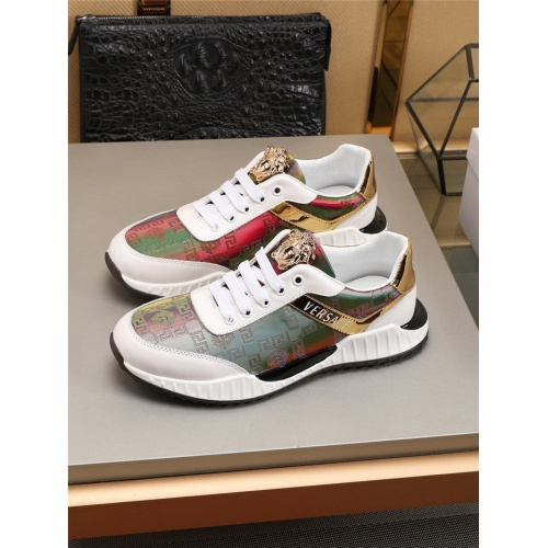 Versace Casual Shoes For Men #783974