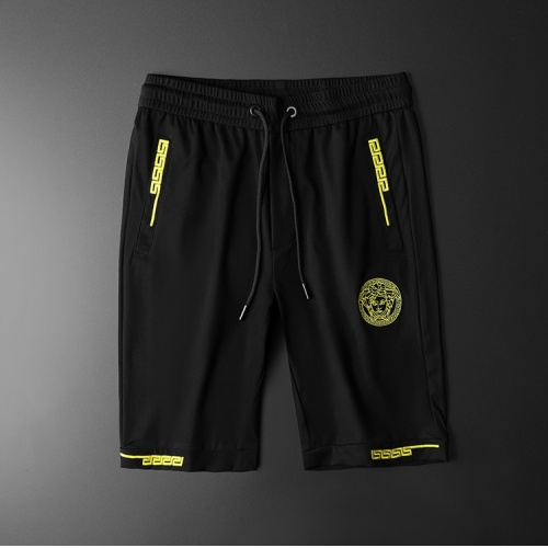 Versace Pants Shorts For Men #784058