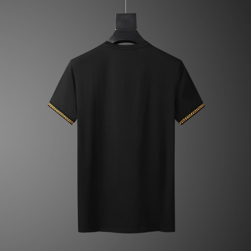 Replica Versace Tracksuits Short Sleeved O-Neck For Men #784079 $65.96 USD for Wholesale
