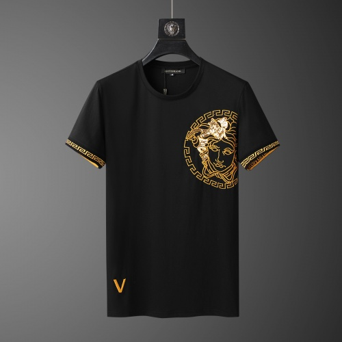 Replica Versace Tracksuits Short Sleeved O-Neck For Men #784081 $65.96 USD for Wholesale