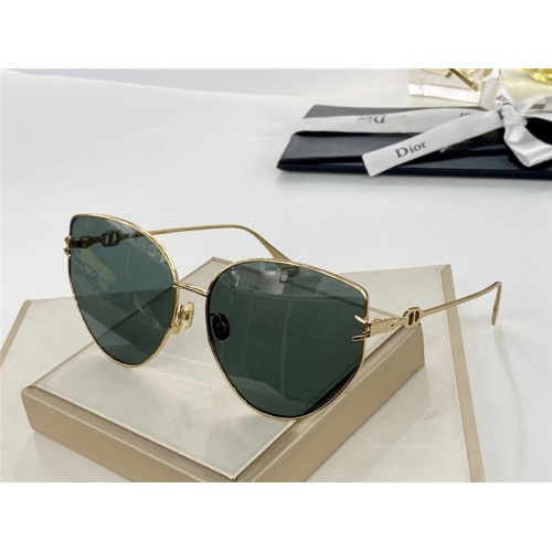 Christian Dior AAA Quality Sunglasses #784224