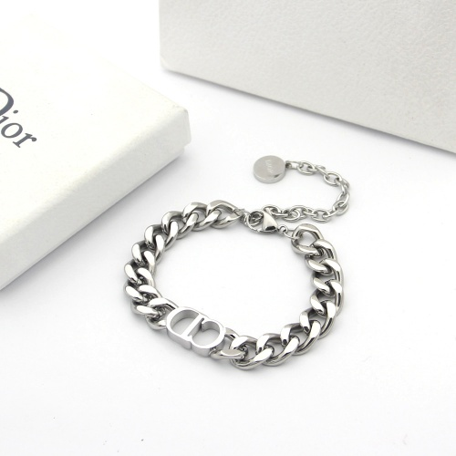 Christian Dior Bracelets #784404