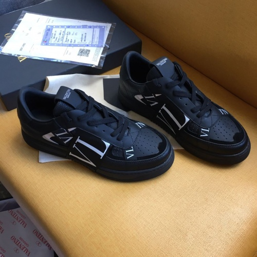 Valentino Casual shoes For Women #784627