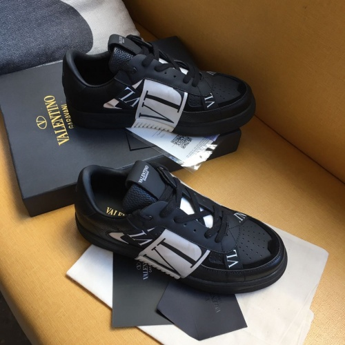 Valentino Casual shoes For Men #784650