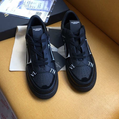 Valentino Casual shoes For Men #784653
