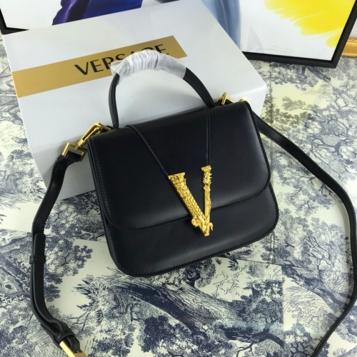 Versace AAA Quality Messenger Bags #784898