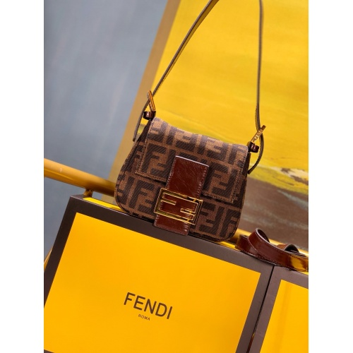 Fendi AAA Messenger Bags #784908