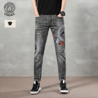 $46.56 USD Versace Jeans Trousers For Men #783657