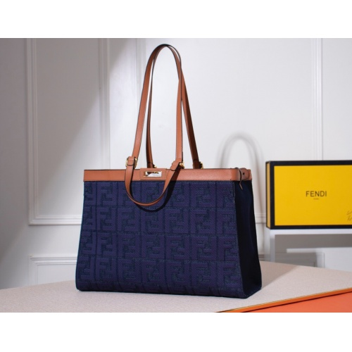 Fendi AAA Quality Handbags #784997