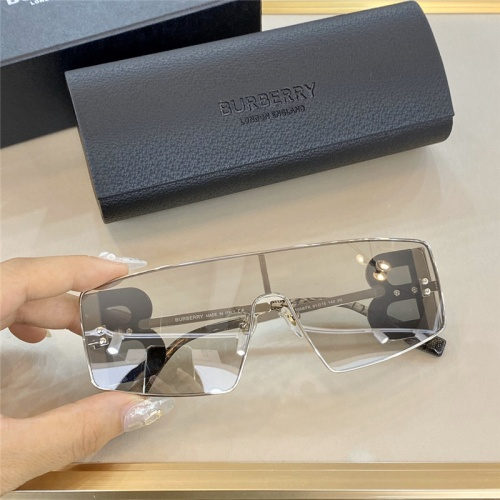 Burberry AAA Quality Sunglasses #785290