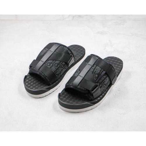 Christian Dior Slippers For Men #785732