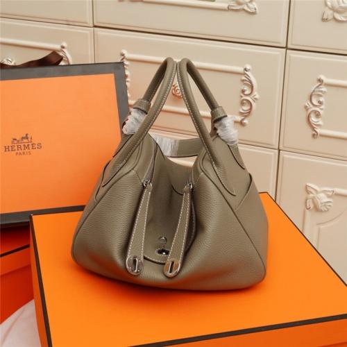 Hermes AAA Quality Handbags For Women #786101