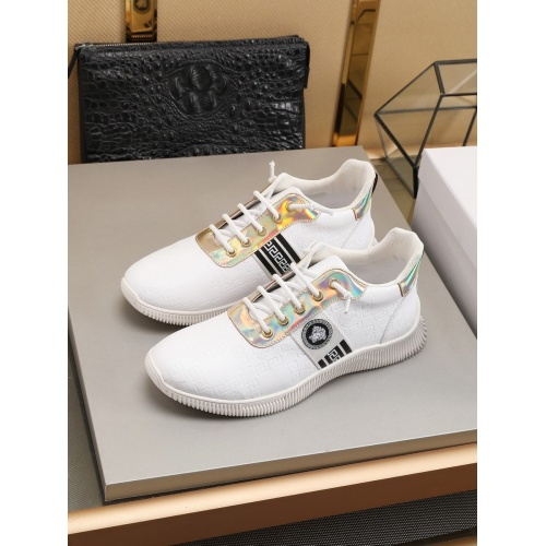Versace Casual Shoes For Men #786354