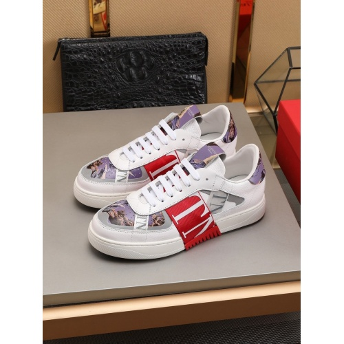 Valentino Casual shoes For Men #786366