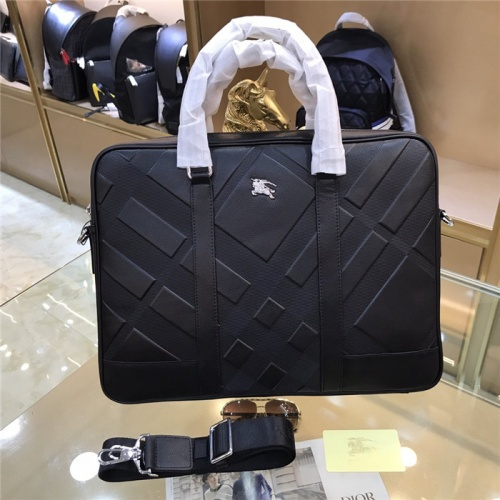 Burberry AAA Man Handbags #786811