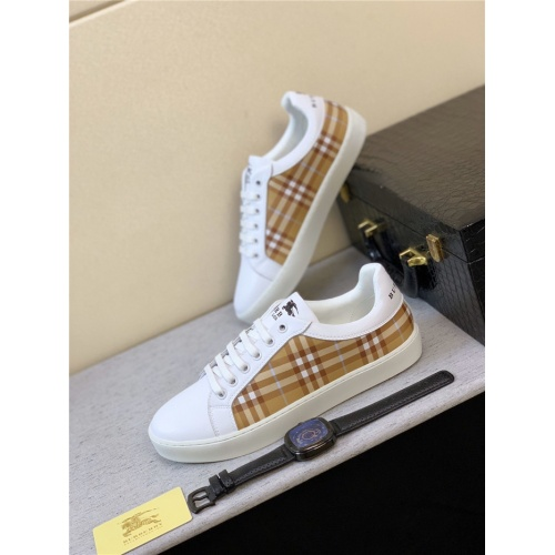 Burberry Casual Shoes For Men #787130