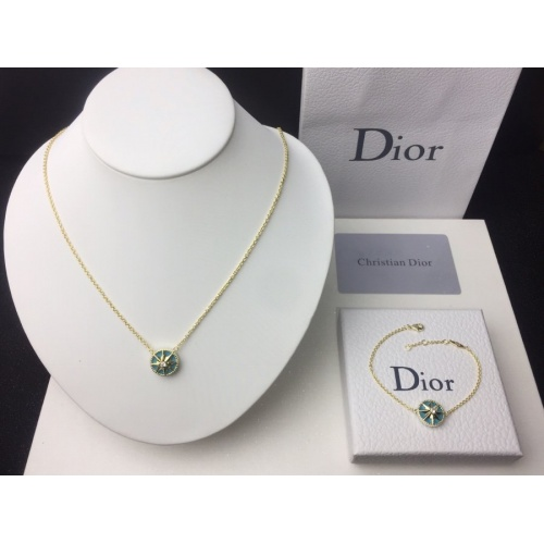 Christian Dior Necklace #787220