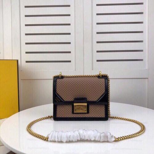 Fendi AAA Quality Messenger Bags For Women #787360