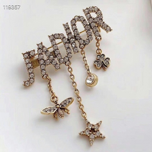 Christian Dior Brooches #788927