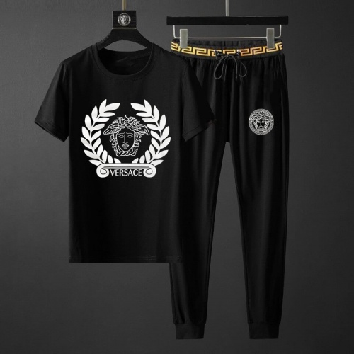 Versace Tracksuits Short Sleeved O-Neck For Men #789126