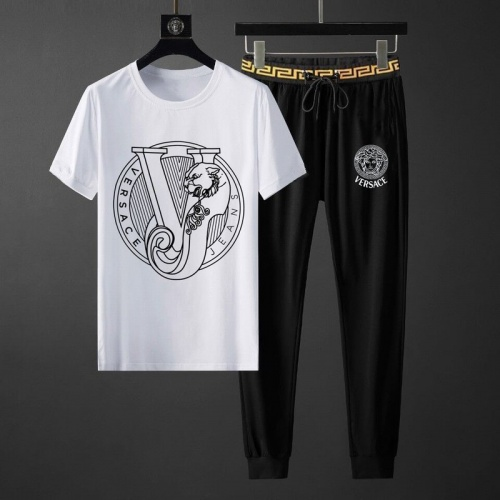 Versace Tracksuits Short Sleeved O-Neck For Men #789139