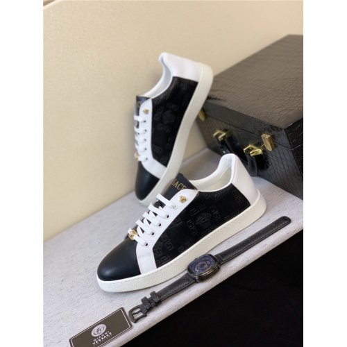 Versace Casual Shoes For Men #789315