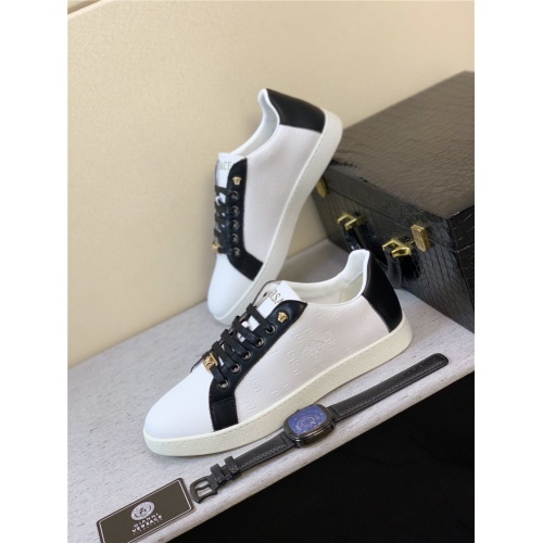 Versace Casual Shoes For Men #789316