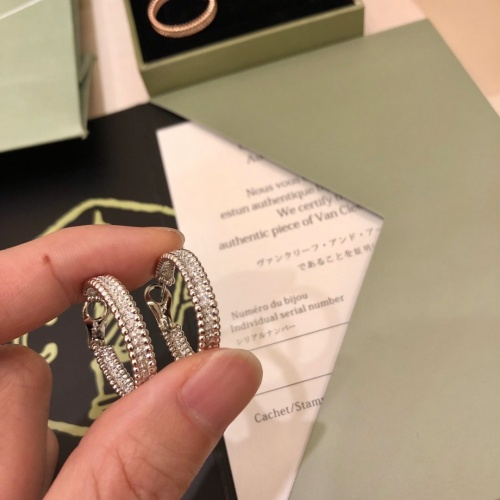 Van Cleef & Arpels Earrings #789375