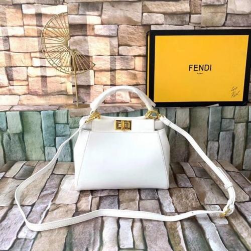 Fendi AAA Quality Messenger Bags For Women #789593