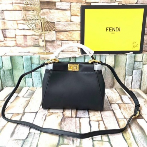 Fendi AAA Quality Messenger Bags For Women #789594