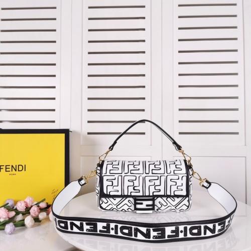 Fendi AAA Quality Messenger Bags For Women #789598