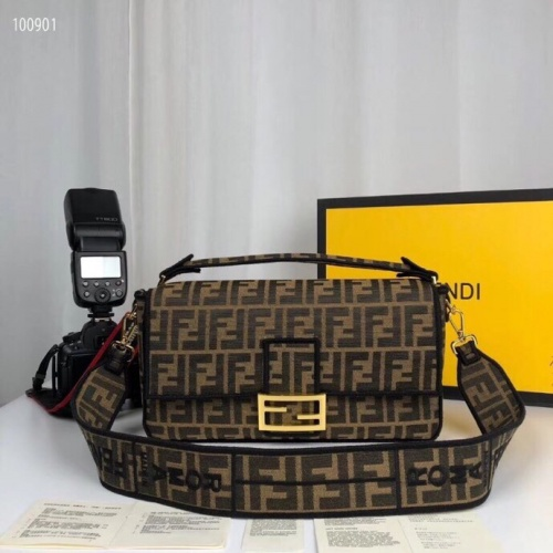Fendi AAA Quality Messenger Bags For Women #789601