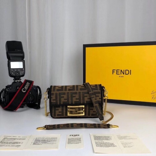 Fendi AAA Quality Messenger Bags For Women #789605