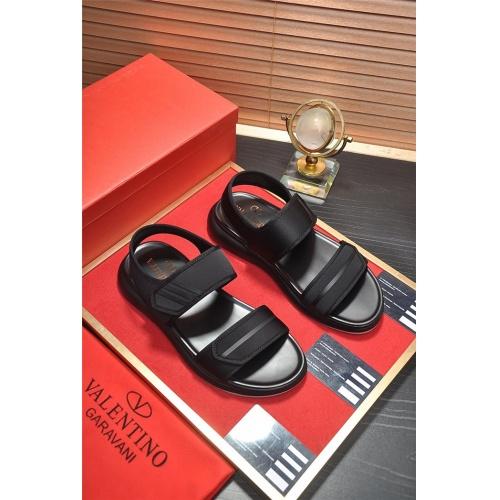 Valentino Sandal For Men #789710