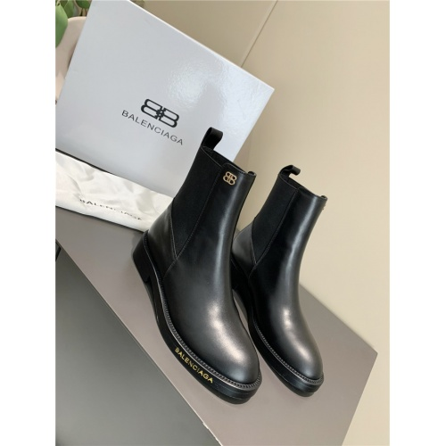 Balenciaga Boots For Women #789805