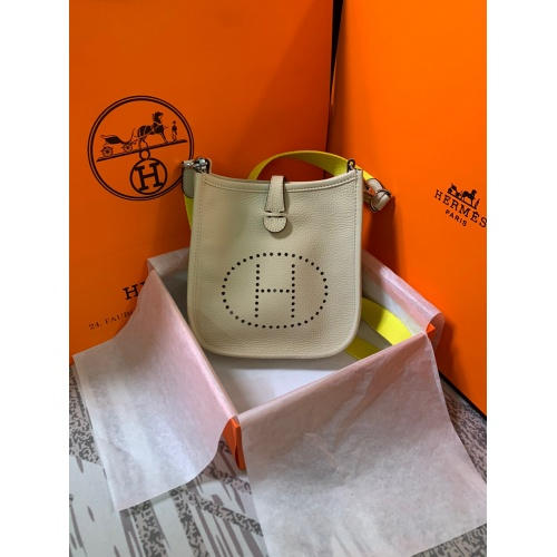 Hermes AAA Quality Messenger Bags For Women #790044