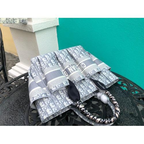 Replica Christian Dior AAA Handbags #790360 $93.12 USD for Wholesale