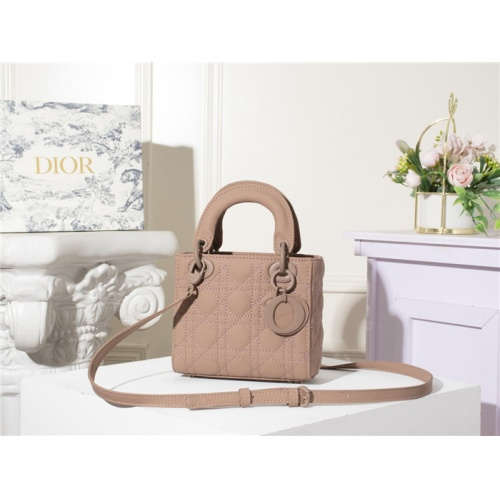 Christian Dior AAA Quality Messenger Bags For Women #790488