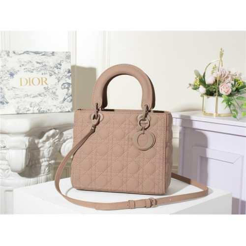 Christian Dior AAA Quality Messenger Bags For Women #790505