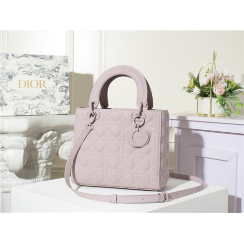 Christian Dior AAA Quality Messenger Bags For Women #790508
