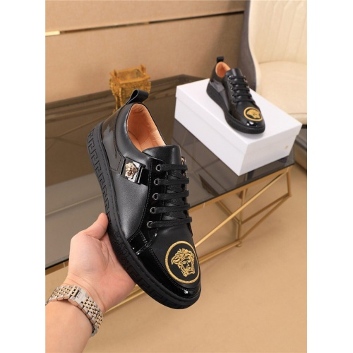 Versace Casual Shoes For Men #790880 $73.72, Wholesale Replica Versace Casual Shoes