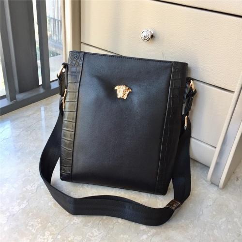 Versace AAA Man Messenger Bags #791097