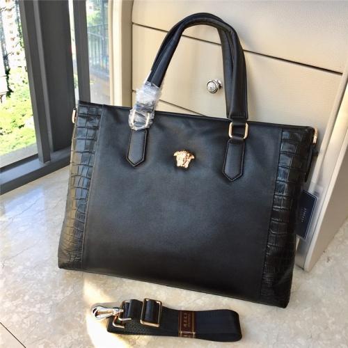 Versace AAA Man Handbags #791100